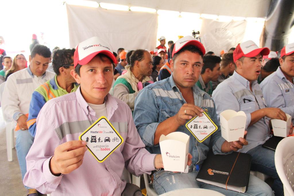 HOLCIM IMPACTA LA SEGURIDAD VIAL EN COLOMBIA Maestros 1