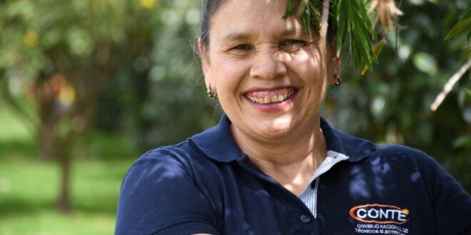 Gloria Moncada, más de 12 años trabajando por la formalización de los electricistas